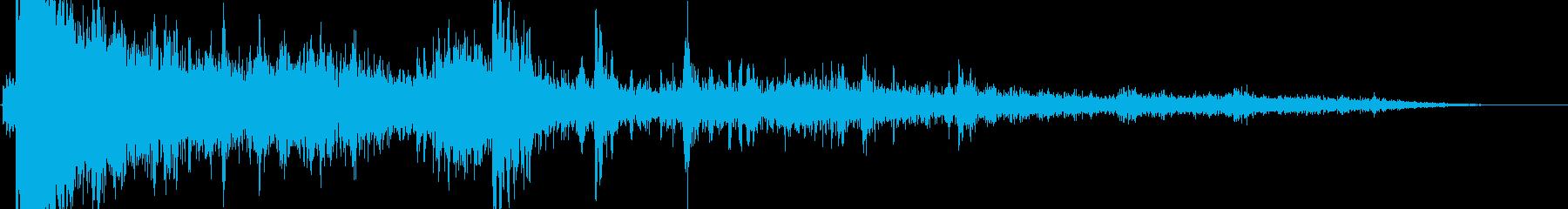 ど〜ン!!(強烈な雷)の再生済みの波形
