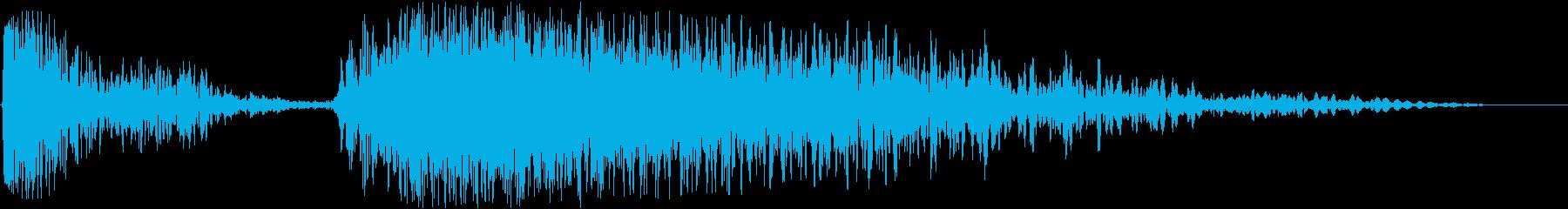 ミュートされたソフト爆発またはバー...の再生済みの波形