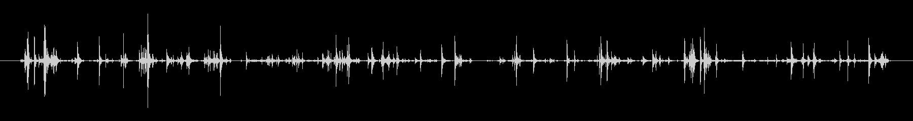 手錠の鎖など、鉄のカチャカチャ音の未再生の波形