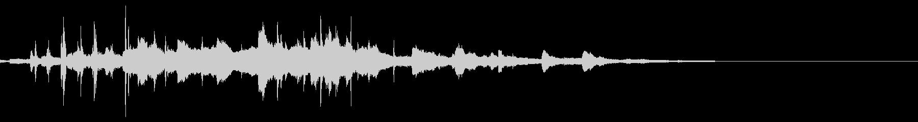 カラララ_神秘的なベルの音_2_包み込むの未再生の波形