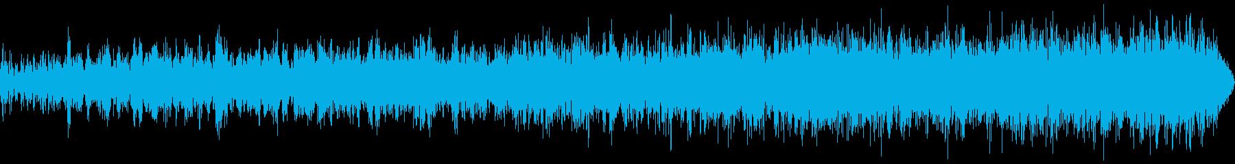 暗闇でのスペイシーな音の再生済みの波形