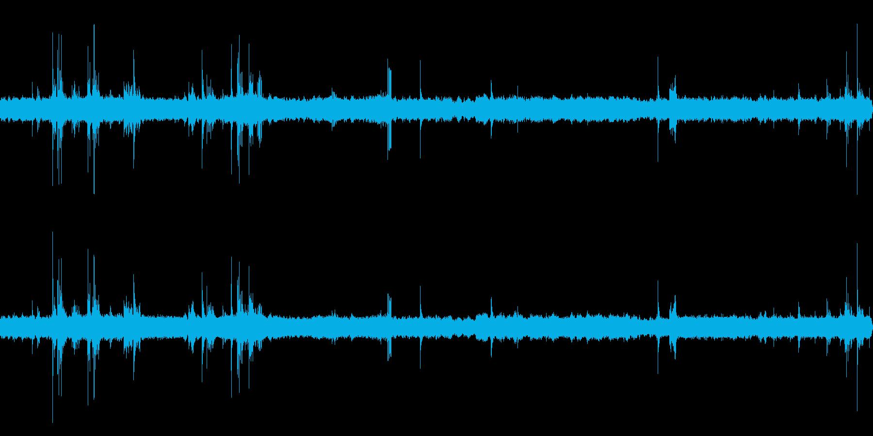 深夜の風鈴と虫の音 02の再生済みの波形
