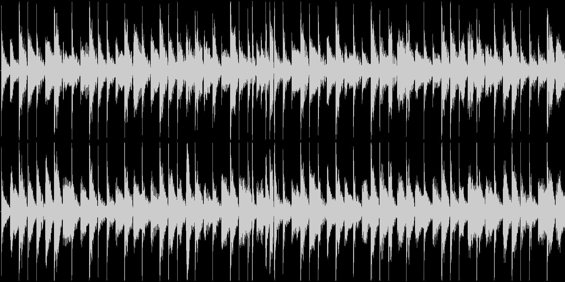 シンセとドラムだけの14秒の曲です。メ…の未再生の波形