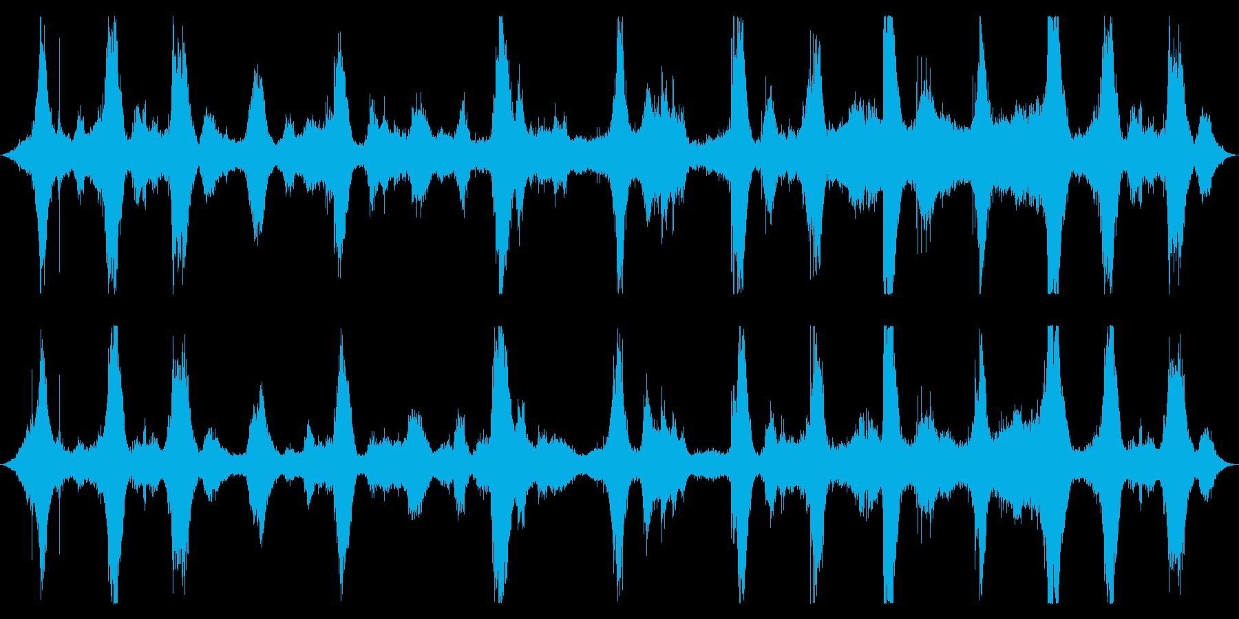オーシャン:波は中、重、強力なラッ...の再生済みの波形
