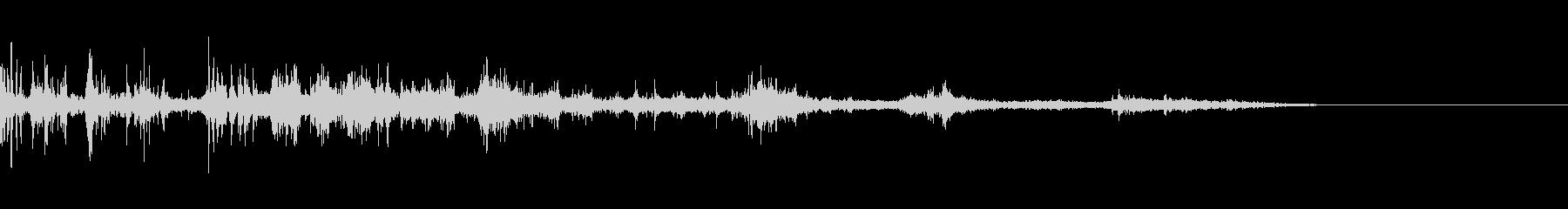 カミナリ(遠雷)-23の未再生の波形