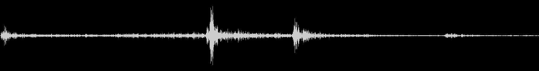 一眼レフのフラッシュが開く音の未再生の波形