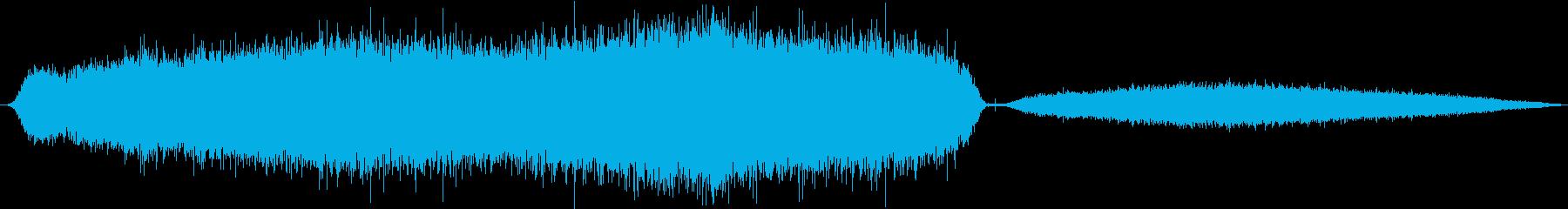 Python、ビルマのヒス。息を吸...の再生済みの波形