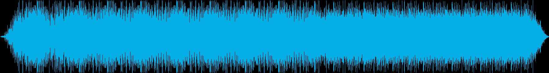 【生録・環境音】車内の天井を叩く雨粒達の再生済みの波形