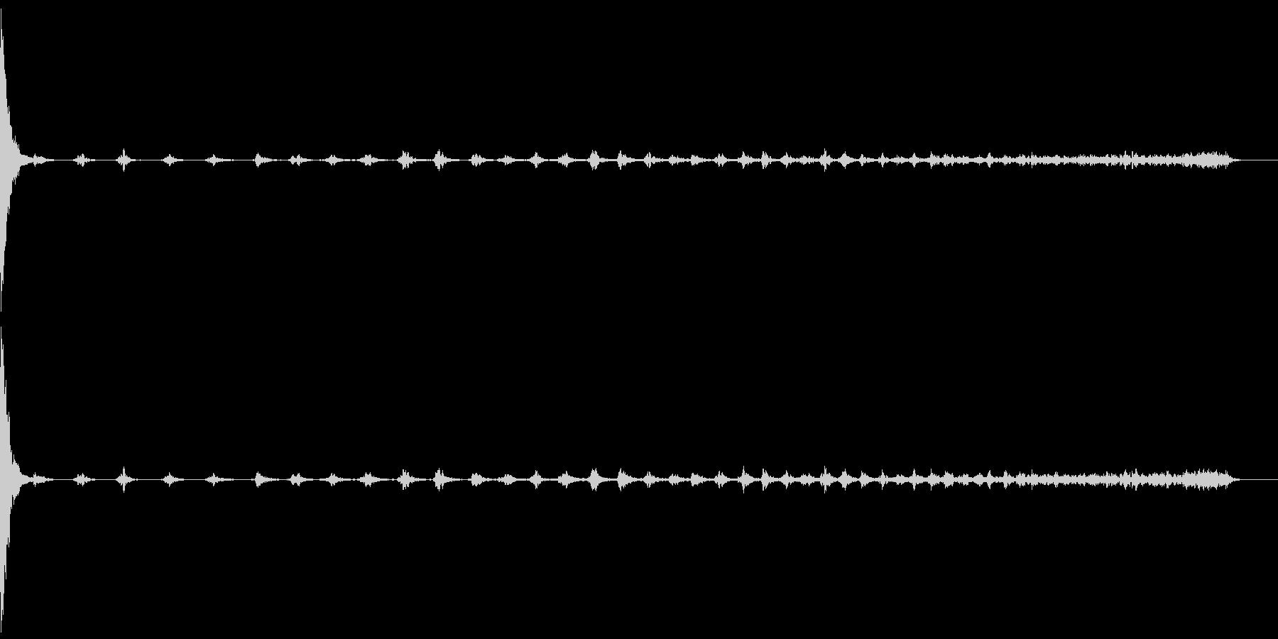 缶を置く04-スチール缶180ml-長いの未再生の波形