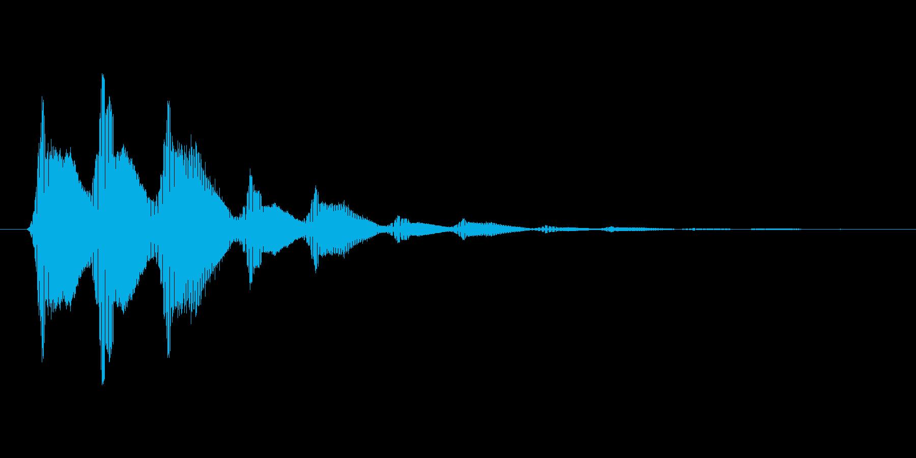 ファミコン風効果音決定音系です 13の再生済みの波形