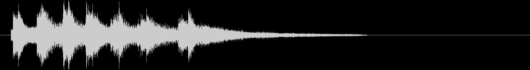 生演奏:高音で囁くような優しいピアノの未再生の波形