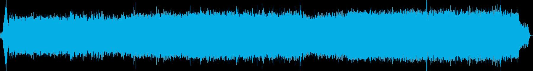 戦車がエンジンをかけ移動し、停止する音の再生済みの波形