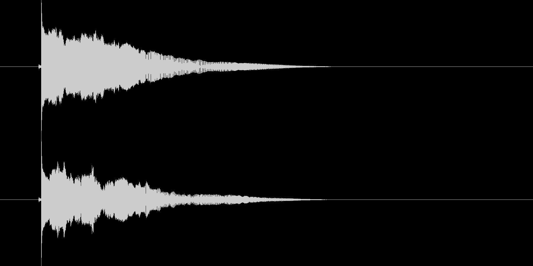ポウーーン(落下音)の未再生の波形