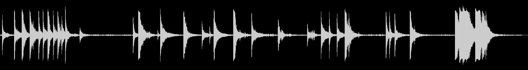 金属打楽器のヒットの未再生の波形