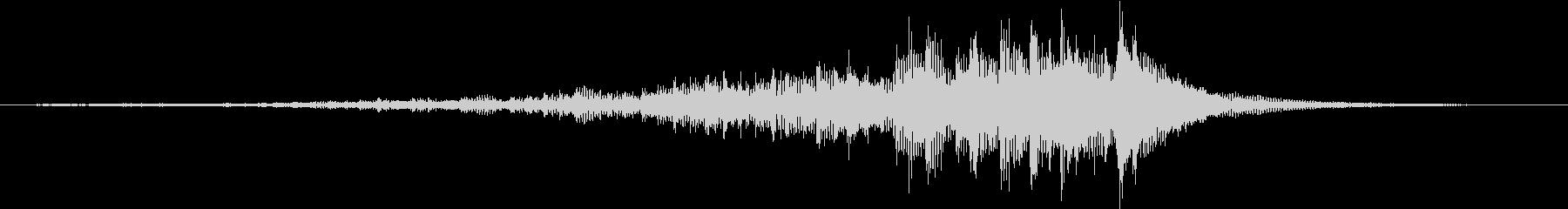 ティンパニ:ロールハイE、クレッシェンドの未再生の波形
