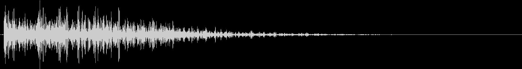 【生録音】プラスチックのボードを置く音2の未再生の波形