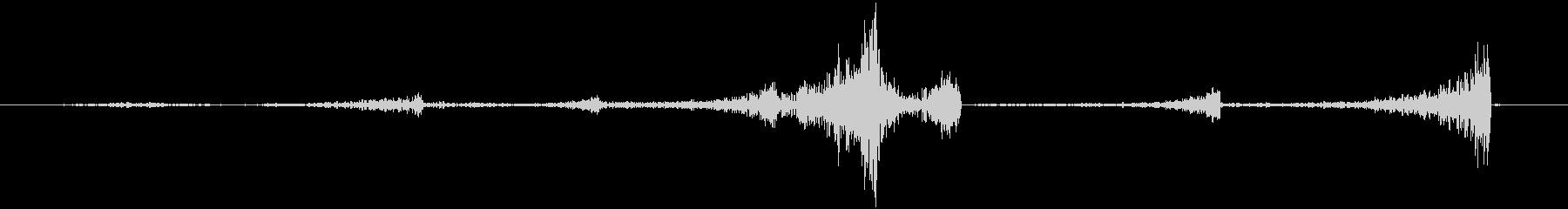 連続のリバース音の未再生の波形