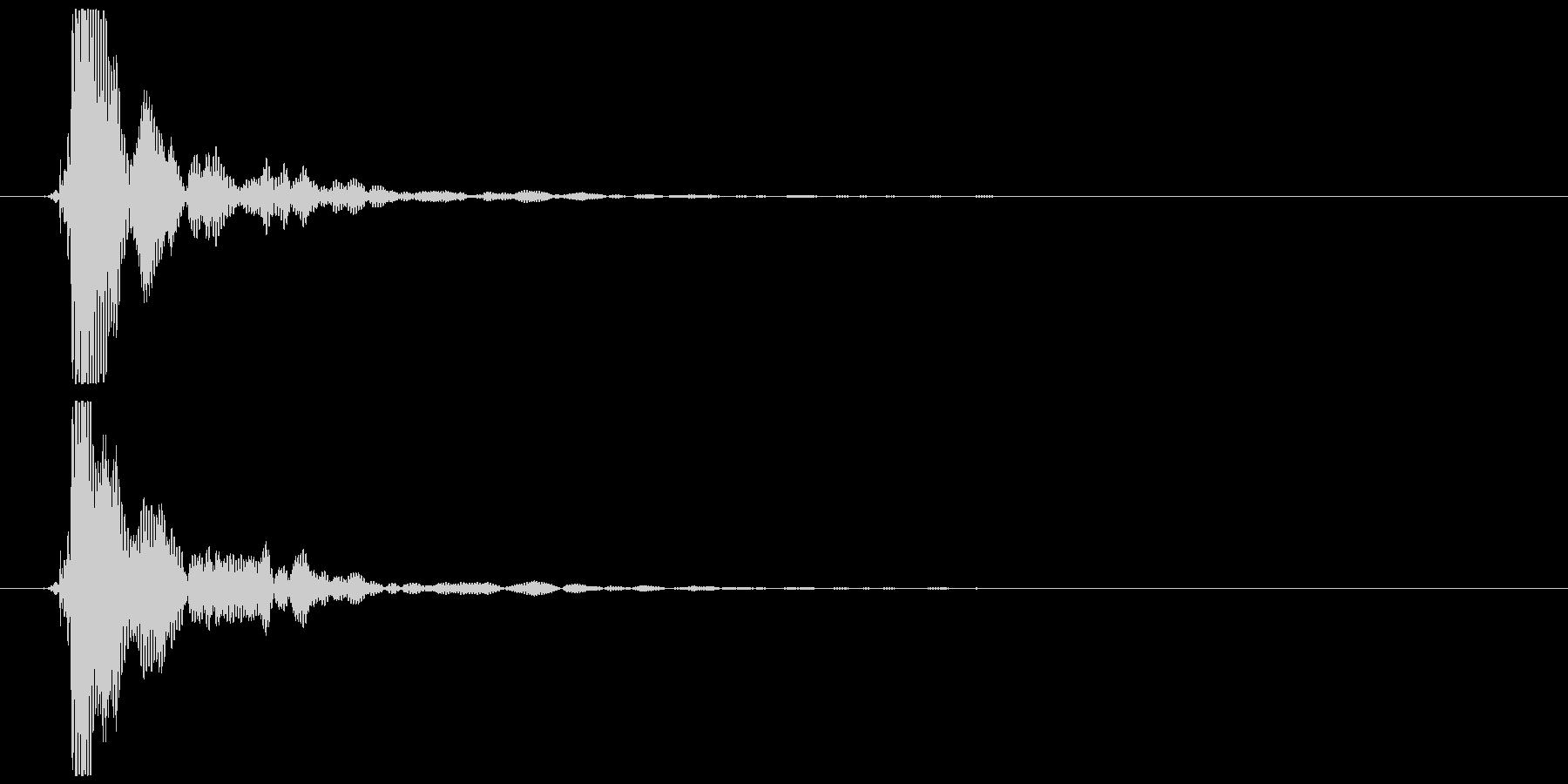ポン (抜くような音) 低めの未再生の波形