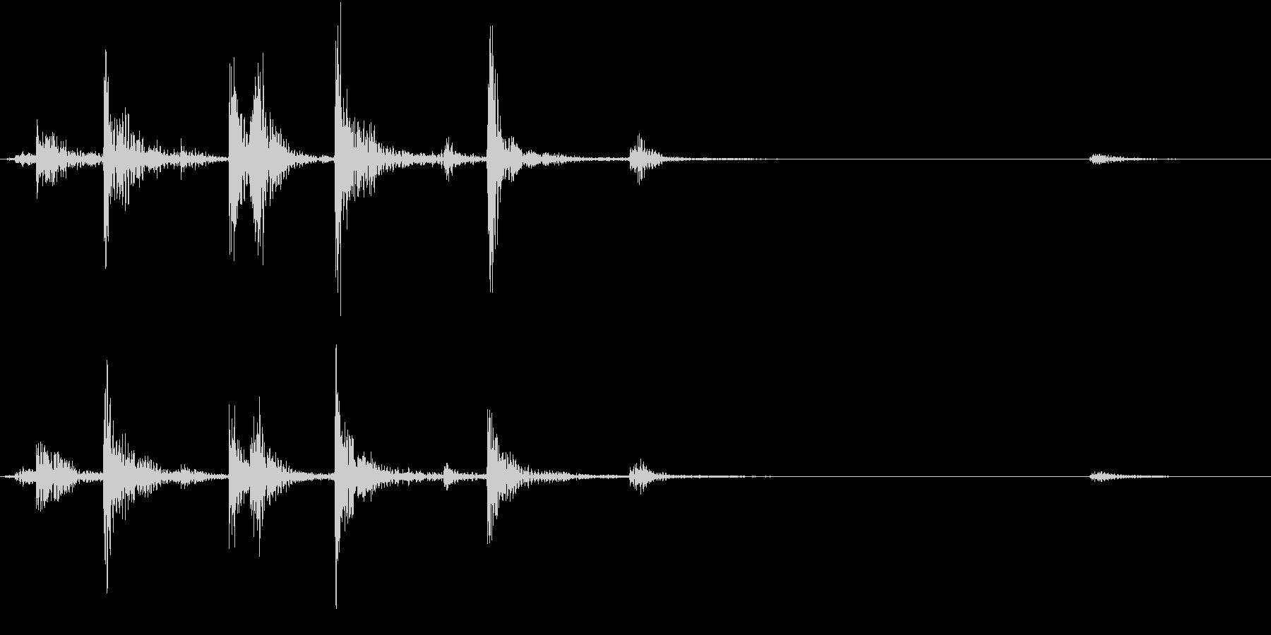 【生録音】お箸の音 27 箸箱から取るの未再生の波形