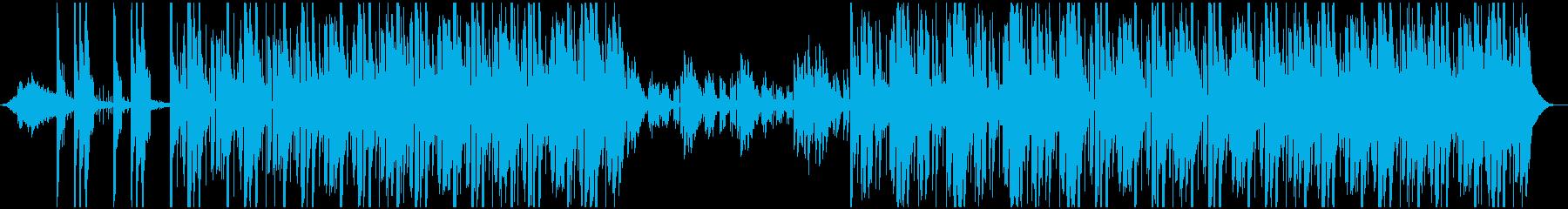 神秘的なコードと刺すようなリズムの...の再生済みの波形