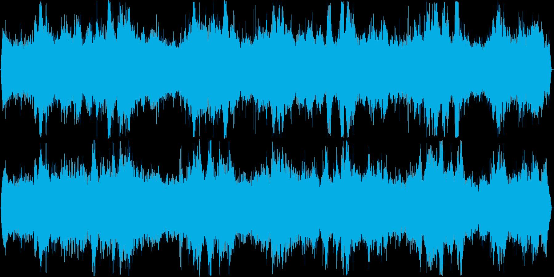 スピーカーからの再生に特化した、疑似立…の再生済みの波形