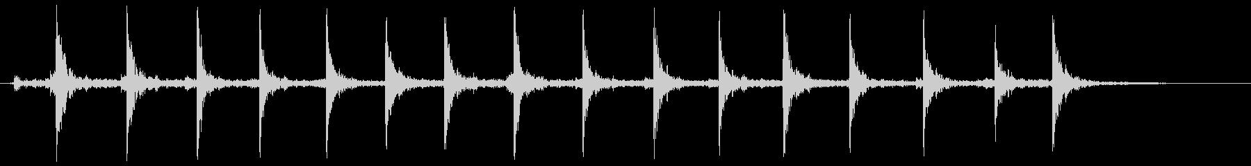 トントントントン(まな板の上で千切りの音の未再生の波形