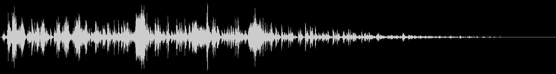ベビーラトル:鳴き声とラトルのおもちゃの未再生の波形