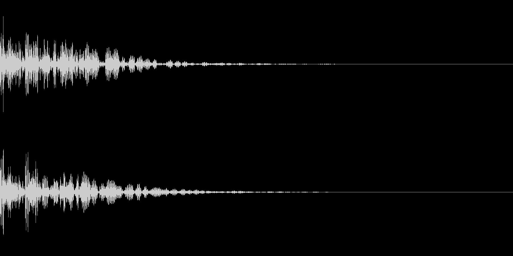太鼓。「ドドン」の未再生の波形