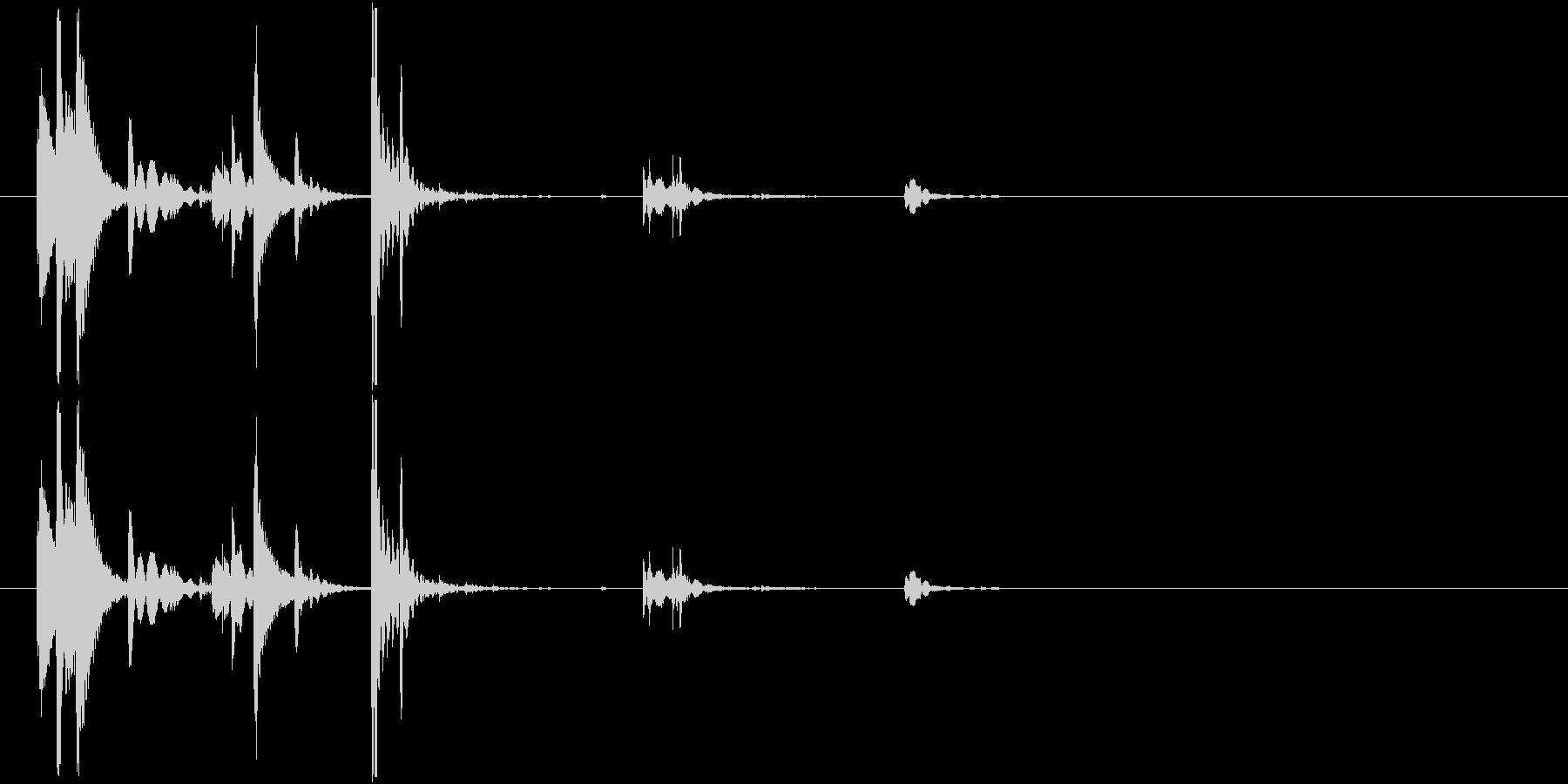 ロックグラスに氷を入れる涼しげな音01の未再生の波形