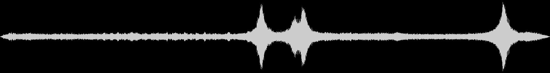 商店街の街角でバイノーラル録音を行いま…の未再生の波形