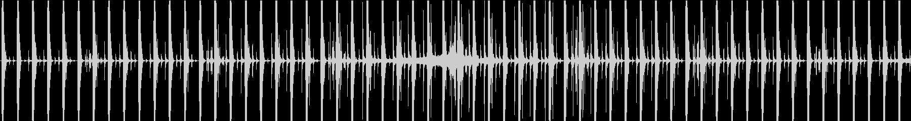 ミッドテンポで脈動する、やや神秘的...の未再生の波形