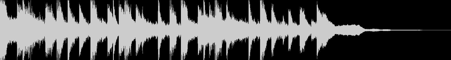 ピアノとシンセのメロディーとイギリ...の未再生の波形