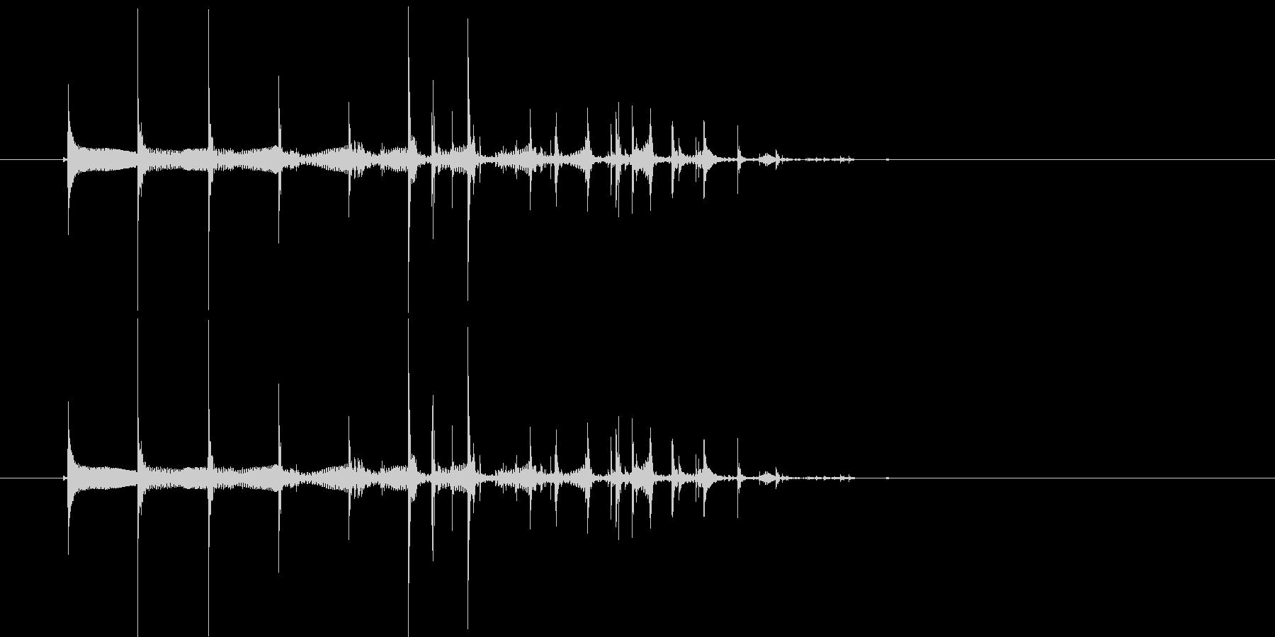トクトクトク・・(お酒、ビール、注ぐ音)の未再生の波形