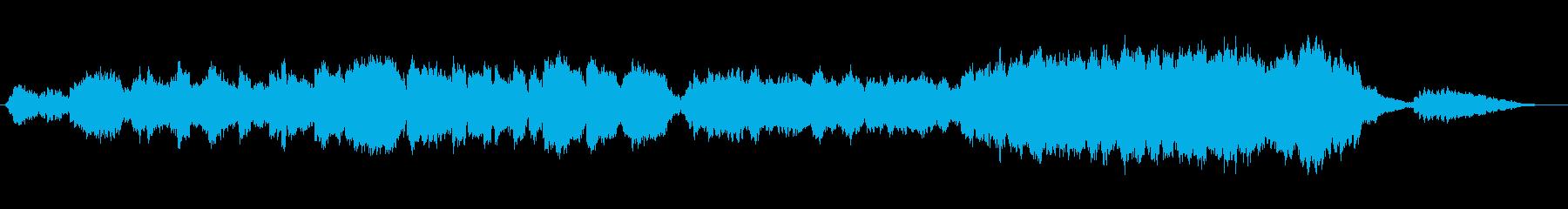 優しい感動的な歌声とストリングスの再生済みの波形