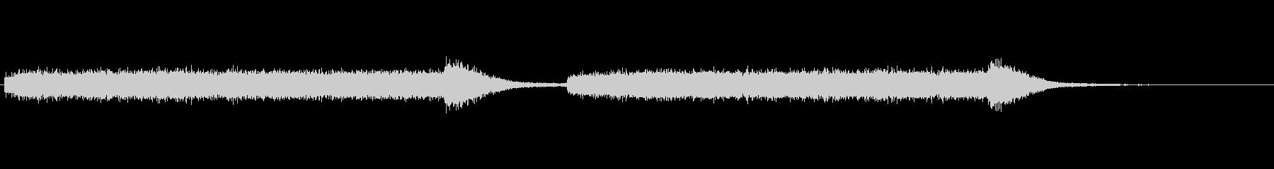 キーンという歯を削るときの音の未再生の波形