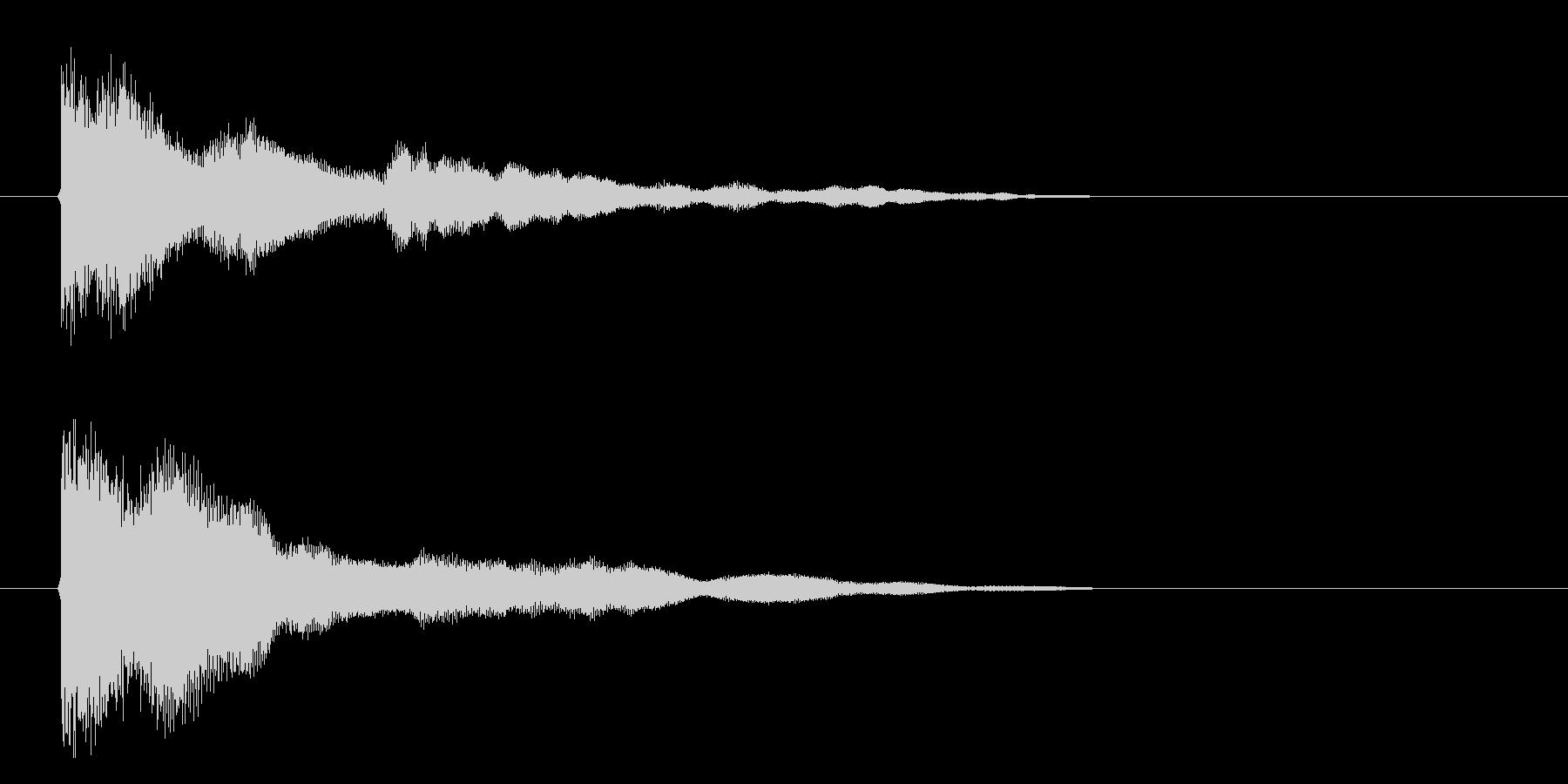 ガキーーーン 剣が強くぶつかる音 剣を…の未再生の波形