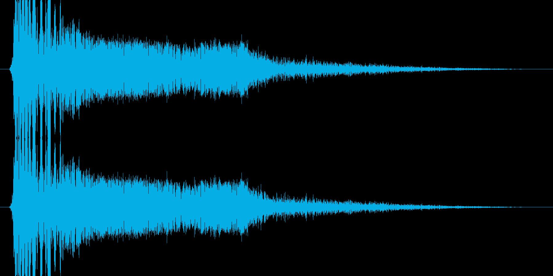 大パンチ(必殺技ヒット_ドシイッ)の再生済みの波形