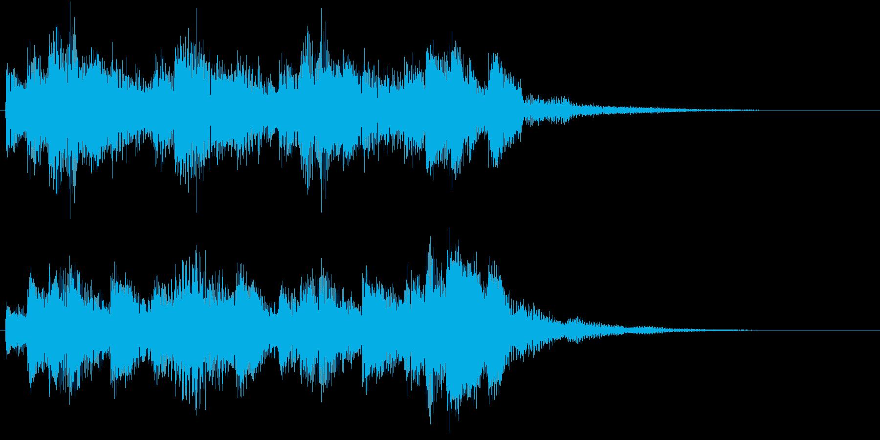 生き生きした明るいピアノジングルの再生済みの波形