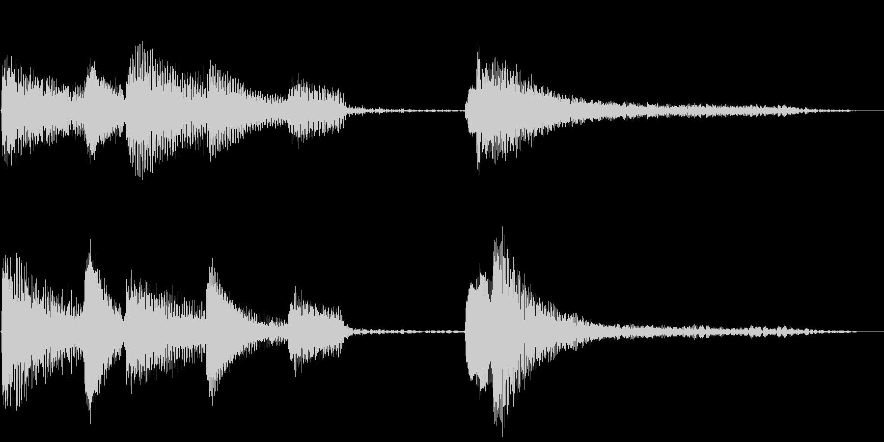 シンプルで明るいピアノのジングル(5秒)の未再生の波形