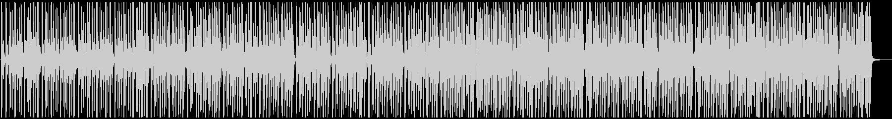 ゆったりトロピカルな4つ打ちの未再生の波形