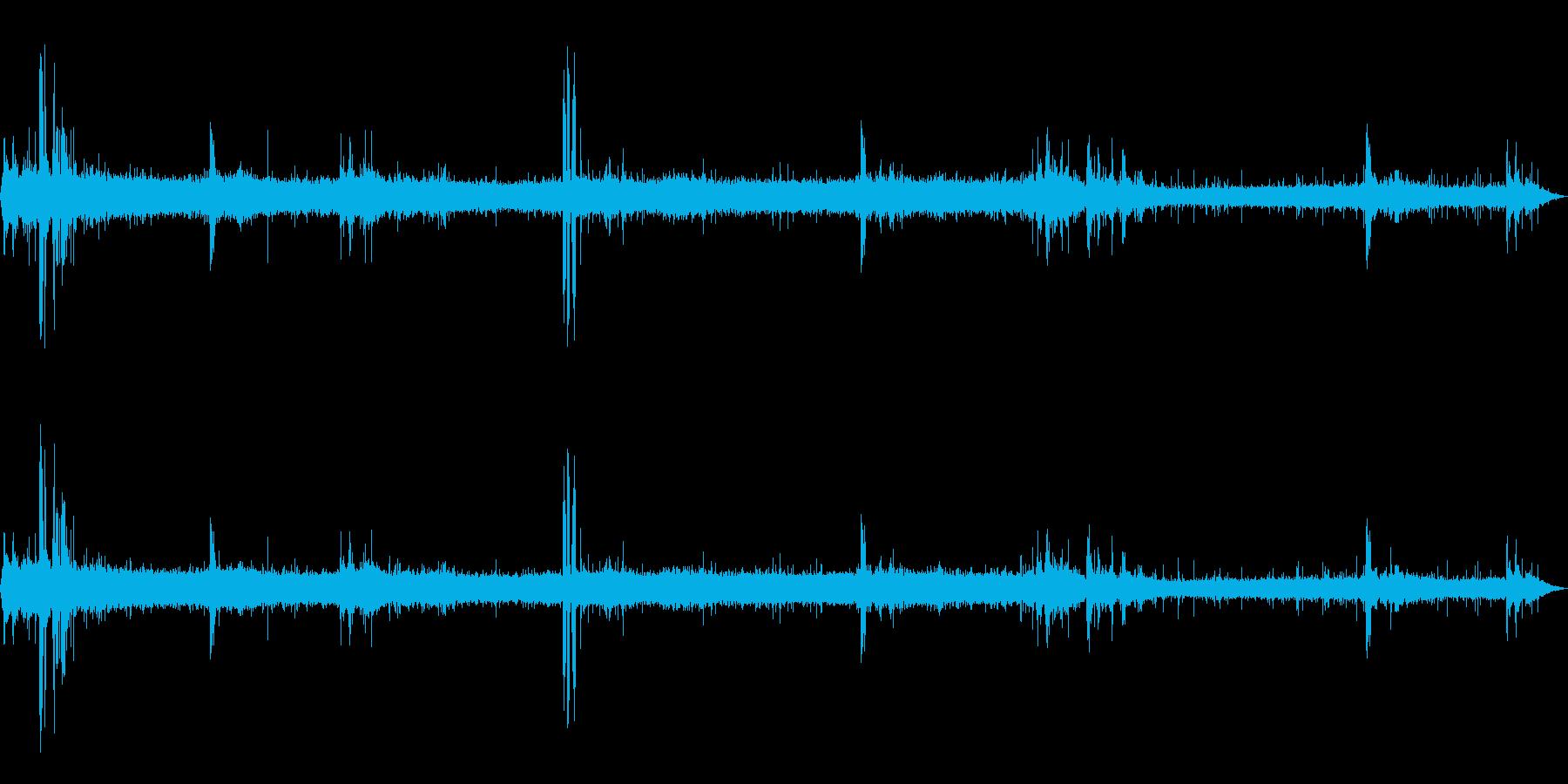 [生録音]雷雨(ゲリラ豪雨)の環境音01の再生済みの波形