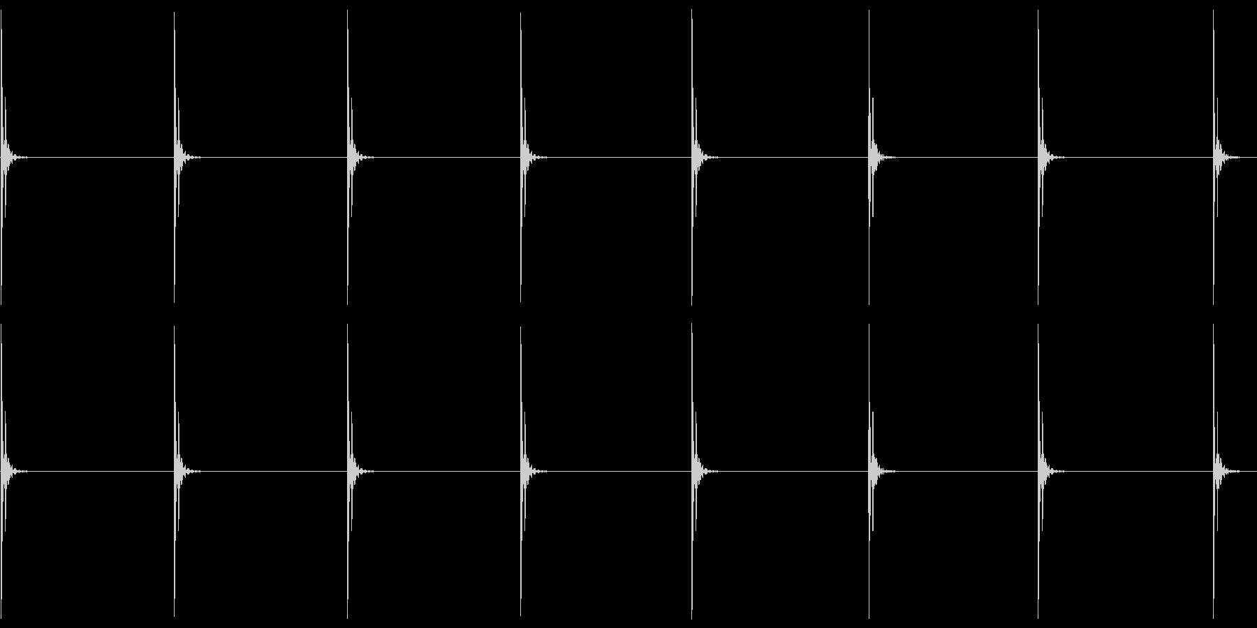 コツコツ…(ヒールの足音・ゆっくり)の未再生の波形