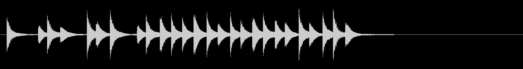 邦楽の小さな鉦、松虫軽快フレーズ音+FXの未再生の波形