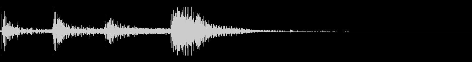 剣を構える(カチャ/チャキン)の未再生の波形