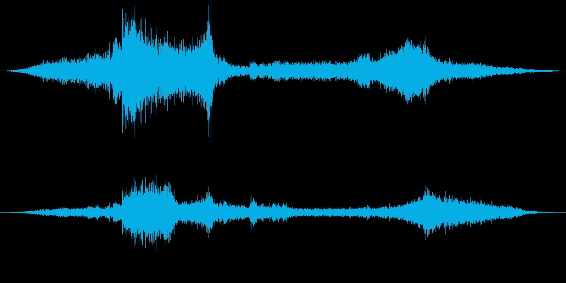ダンプトラック:Ext:パススルー...の再生済みの波形