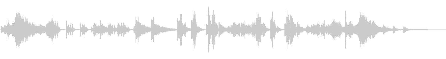 ダークなシンセとピアノのアンビエントな曲の未再生の波形