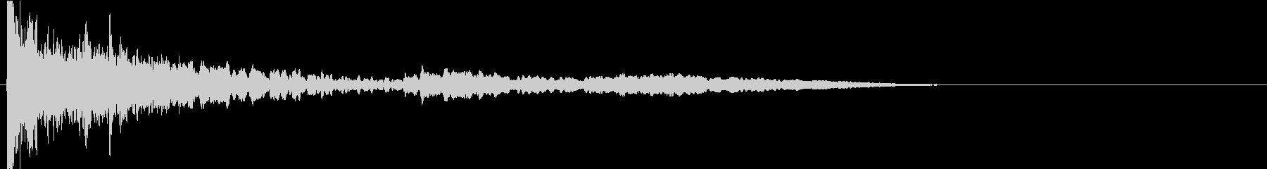 ヒューン(花火が打ち上がる音)の未再生の波形