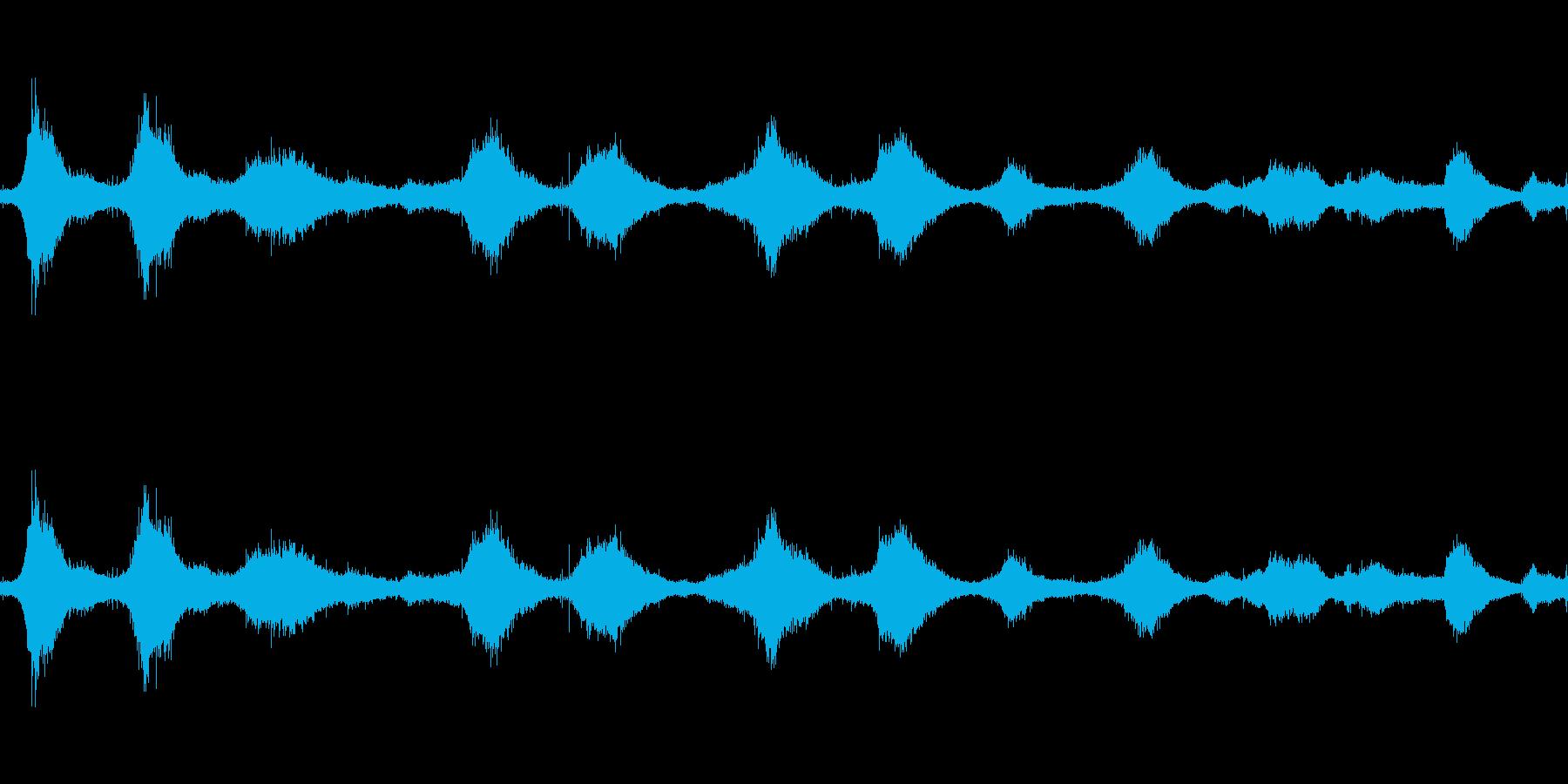 波の再生済みの波形