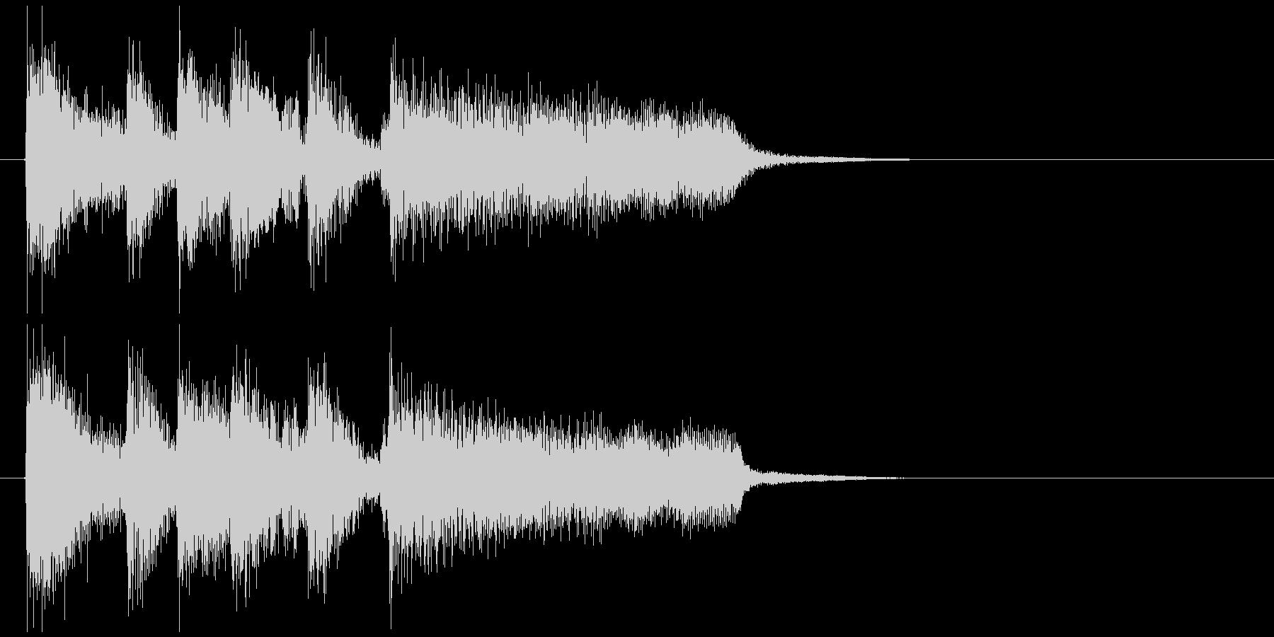 結果発表にブラス、ジャズ系のサウンドロゴの未再生の波形