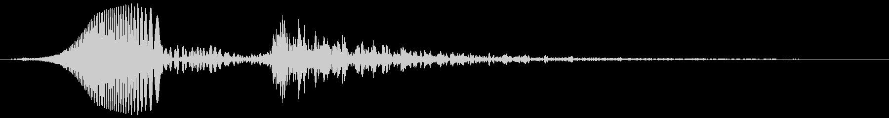 レーザービーム(ピュン、ドンという音)の未再生の波形